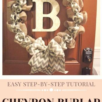Easy step-by-step tutorial to make a beautiful burlap wreath with a chevron ribbon accent. Easily c