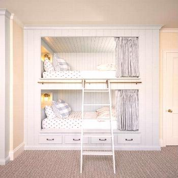 Isn't this the cutest bunk room?  It's feminine, but not overly girly.  Love the mix of polka dots,