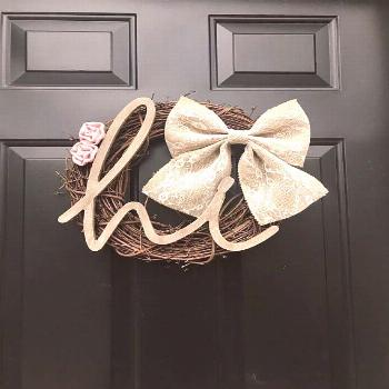 Pink Rose Grapevine Wreath with White Lace Burlap Bow, Hello, Hi Y'all, Front Door Wreath, Ev... Pi