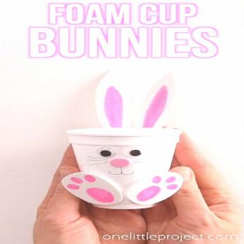 These foam cup bunnies are SO CUTE! I love how easy they are to make with simple craft supplies! Fi