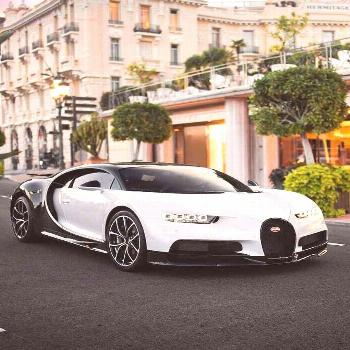 White and black bugatti chiron ! <a class=pintag href=/explore/bugatti/ title=#bugatti explore Pint