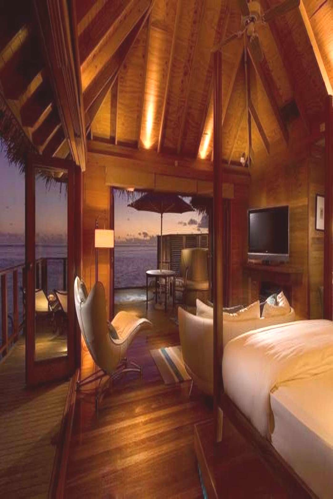Best Overwater Bungalows in the Maldives#bungalows